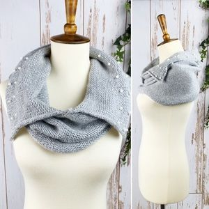 Grey Angora Hair Knit Pearl Accent Neck Warmer EUC